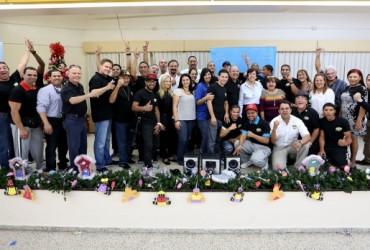 WBO Kids Drug Free junto a ex campeones mundiales llevan juguetes y bicicletas a niños del Centro Sor Isolina Ferré de Ponce, PR
