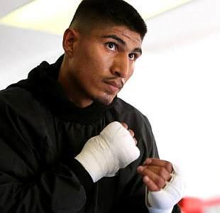 Main-Mikey-Garcia-2-Chris-Farina-Top-Rank-Boxing