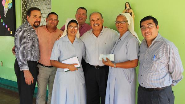 OMB realiza donativo a Hogar de Niñas en Granada, Nicaragua