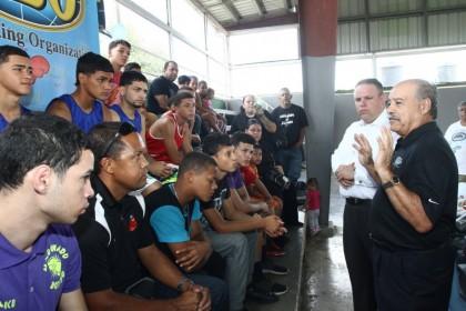 OMB adopta primero de veinte gimnasios a través del mundo con ingresos a devengarse del combate Mayweather vs Pacquiao