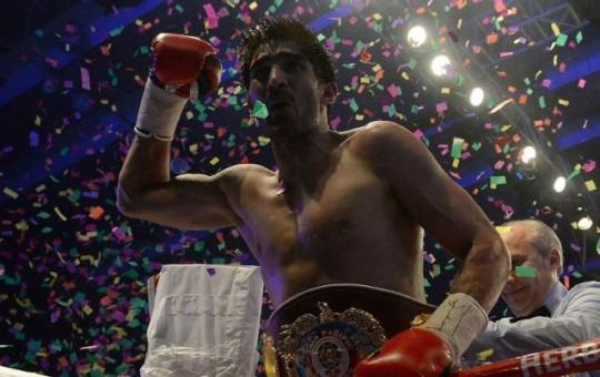 Vijender beats Hope for WBO middleweight title