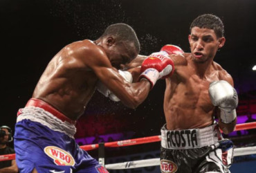 Acosta stops Uutoni, world champion Tanaka next