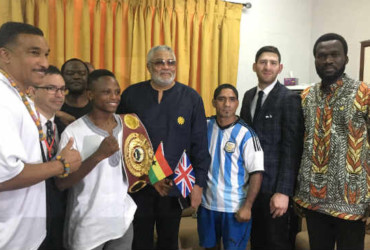 Former Ghanian President meets with boxers